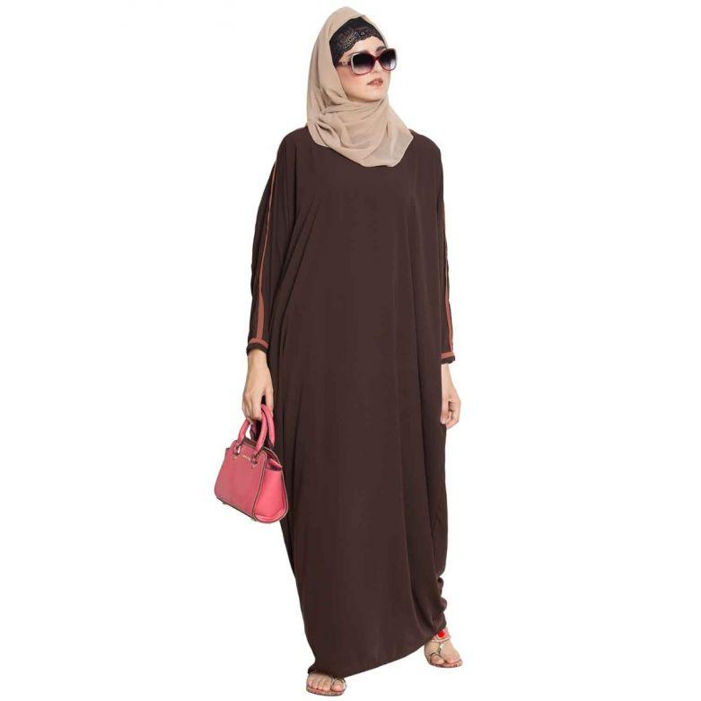 Noriza-Elegant Kaftan With Contras Detailing On Sleeves-Dark Brown-Nida