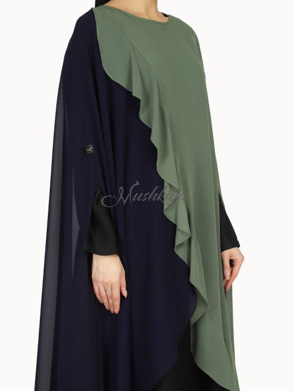 Modest Dress In Dual Layer. Inner Abaya Can Be Used Separatley. Comes With A Matching Hijab.